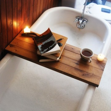 hot-bath-bathroom-book-Favim.com-653794